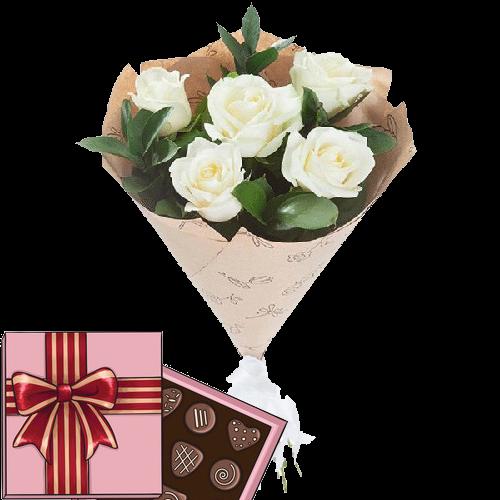 5 білих троянд з цукерками